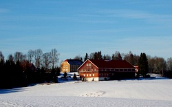 Lund Farm is situated idyllicly on a hight in the landscape of culture.